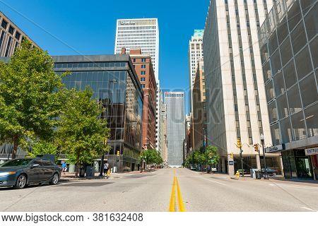 Tulsa Usa - September 8 2015; Buidlings And Street Scenes On Boston Street In City Tulsa, Oklahoma