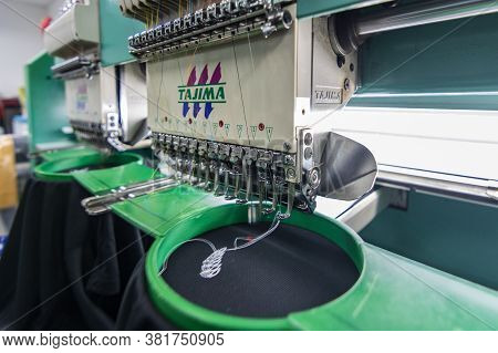 Kota Kinabalu, Sabah, Malaysia-march 16, 2019 : Embroidery Machine Needle In Textile Industry At Gar