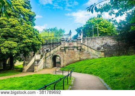 Edinburgh Scotland 6th August 2020 St. Bernards Bridge At The Leith Walkway In Edinburgh, Scotland,