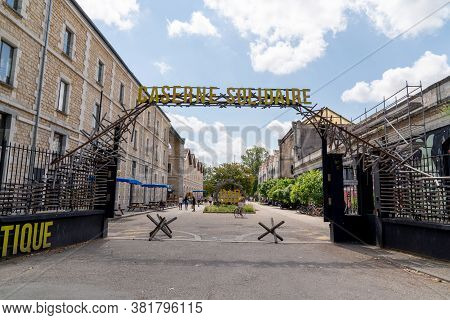 Bordeaux, Gironde / France - 05 26 2019 : Darwin, Caserne Niel Hipster Way Of Life Protect Planet An