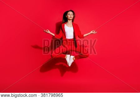 Full Length Photo Of Attractive Lady Worker Jumping High Up Meditating Eyes Closed Work Pause Restin