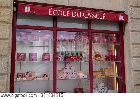 Bordeaux , Aquitaine / France - 08 16 2020 : Baillardran Pastry School Sign And Logo Front Of Window