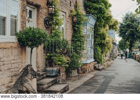 Stow-on-the-wold, Uk - July 10, 2020: Row Of Houses On A Main Street In Stow-on-the-wold, Some Local