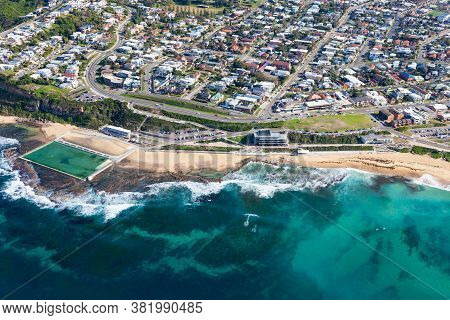 Aerial View Of Merewether Beach - Newcastle Nsw Australia,