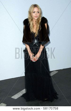 Mary-Kate Olsen at the 2007/2008 Chanel Cruise Show Presented by Karl Lagerfeld. Hanger 8, Santa Monica, CA. 05-18-07