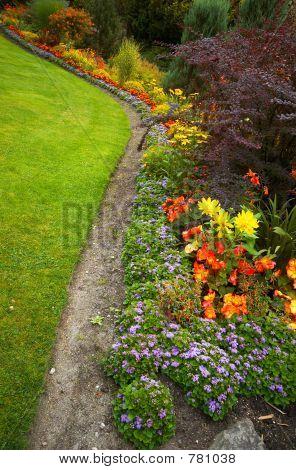 Arranged flowers & lawn