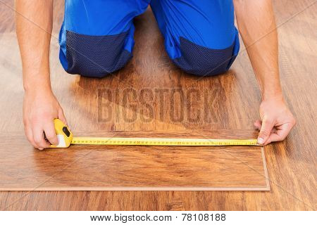 Close-up photo of measuring wood block