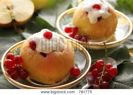 Baked apples with wipped cream.
