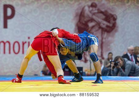 Kanzhanov Beimbet (r) And Umbayev Nasimi (b)  Fight
