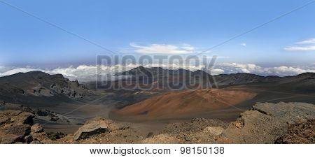 Haleakala Volcano, Maui, Hawaii.panorama.