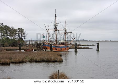 Elizabeth II Ship