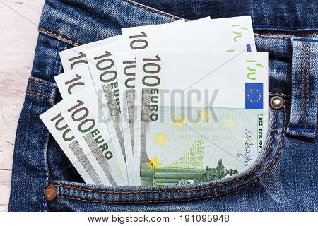 Euro In The Back Jeans Pocket