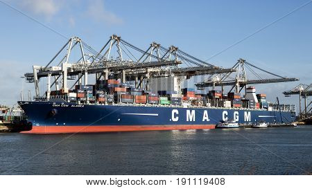 Port Ship Container Shipping