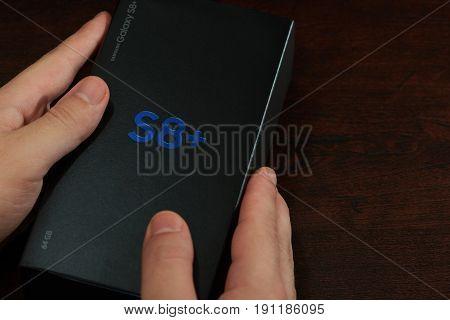 Box Of Samsung Galaxy S8+
