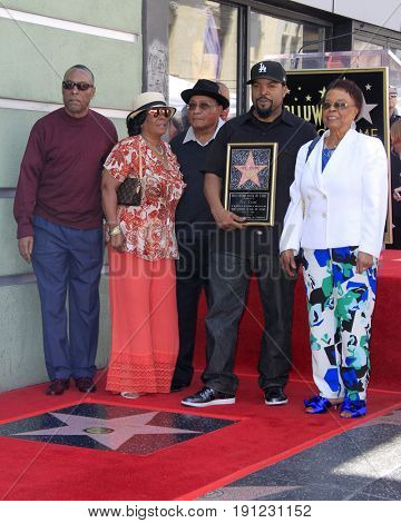 LOS ANGELES - JUN 12:  Brother, Sister, Hosea Jackson, O'Shea Jackson aka Ice Cube, Doris Benjamin at the Ice Cube Star Ceremony on the Hollywood Walk of Fame on June 12, 2017 in Los Angeles, CA