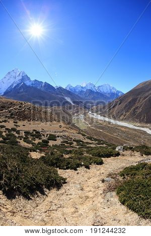 Beautiful mountain landscape on the way to everest base camp. sagarmatha national park. nepal