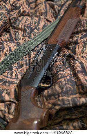 Semi-automatic Hunting Rifle, Close-up, Camouflage Jacket, Green Belt