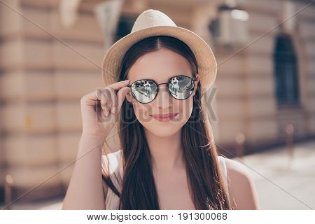 Close Up Of Young Cute Smiling Girl In Mirror Sunglasses And Hat At The Vacation, Walkimg In The Cit