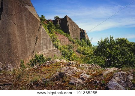 A big rockwall situated in a nice nature