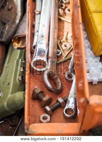 Old work tools in old tool box