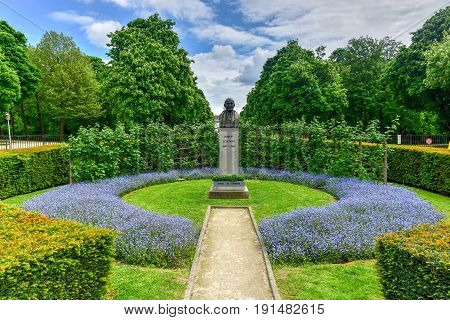 Parc Du Cinquantenaire - Brussels, Belgium