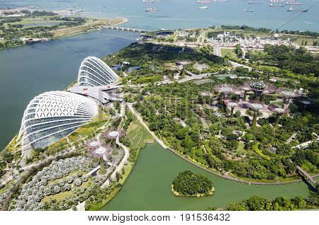 aerial view of the garden by the bay with the green house and the supertree. singapore. future. environment.