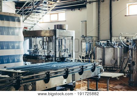 Equipment For The Production Of Wine From Stainless Steel