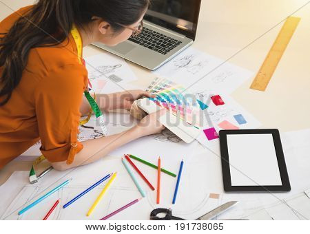 Woman Designer Match Color Swatch