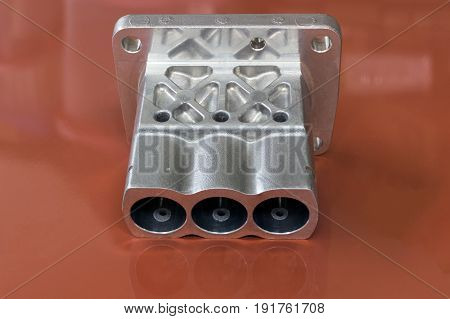 Automotive Aluminium part manufacturing by Low Pressure Die casting process and high accuracy cnc machining machine, high technology automotive part industrial, precision part,machining process