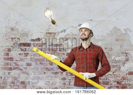 Builder man with level