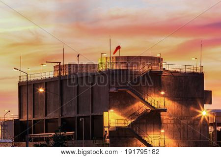Water cooling systems tower for gas turbine electric power plant