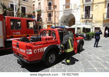 Italy Firefighters