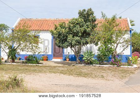 Typical Portuguese House In Vale Seco, Santiago Do Cacem