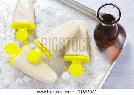 Vanilla cream maple syrup ice cream popsicle