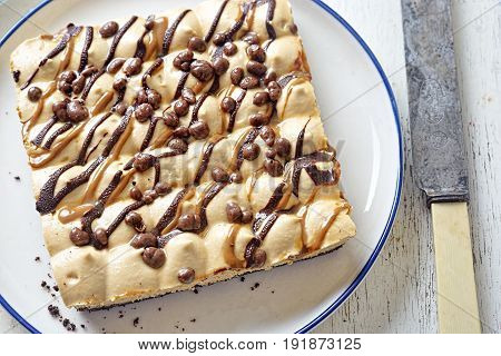 Toffee honeycomb pie with milk and dark chocolate