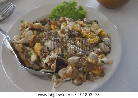 Thai traditional cuisine , Southeast Asian Fried Baby Oyster Omelette