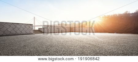 empty road near golden gate bridge in san francisco at sunrise