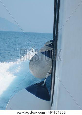 Mooring buoys and mooring at the dock to repair the boats
