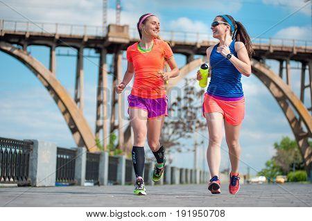 Two Running Girls 04
