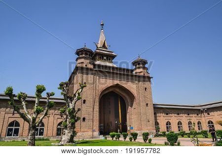 JAMIA MASJID, SRINAGAR, INDIA-MAY 2017: Tourist visiting Jamia masjid in Srinagar, India