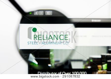 Los Angeles, California, Usa - 23 March 2019: Illustrative Editorial Of Reliance Steel Website Homep