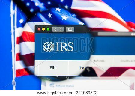 Los Angeles, California, Usa - 23 March 2019: Illustrative Editorial Of Internal Revenue Service Web