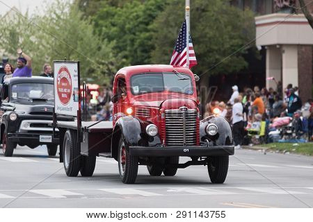 Louisville, Kentucky, Usa - May 03, 2018: The Pegasus Parade, An International Classic Truck, Going