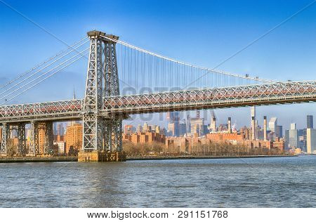 View Of The Williamsburg Bridge At Sunny Day.