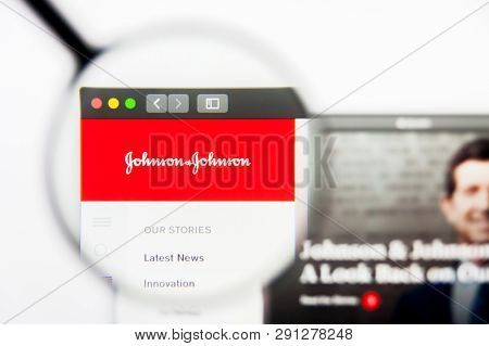 Los Angeles, California, Usa - 24 March 2019: Illustrative Editorial Of Johnson And Johnson Website