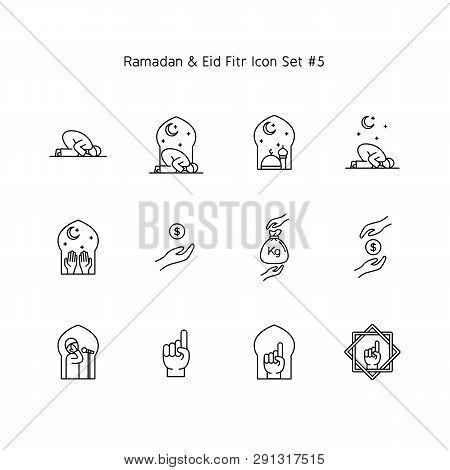 Ramadan Kareem And Eid Al Fitr Simple Line Icon Set. Islam Tradition, Muslim Holiday Illustration