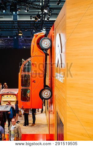 Paris, France - Oct 4, 2018: Modern Decoration Of Exibition With Vintage Citroen Van On The Wall And