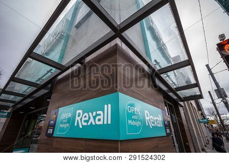 Toronto, Canada - November 13, 2018: Rexall Logo In Front Of Their Store In Downtown Toronto, Ontari