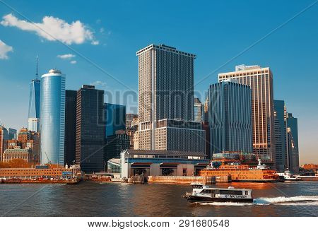 New York, Usa - May 04, 2015: Staten Island Ferry Whitehall Terminal In Lower Manhattan Used By Stat