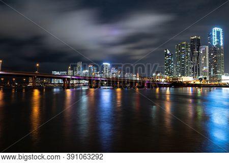 Miami. Bayside Miami Downtown Macarthur Causeway From Venetian Causeway